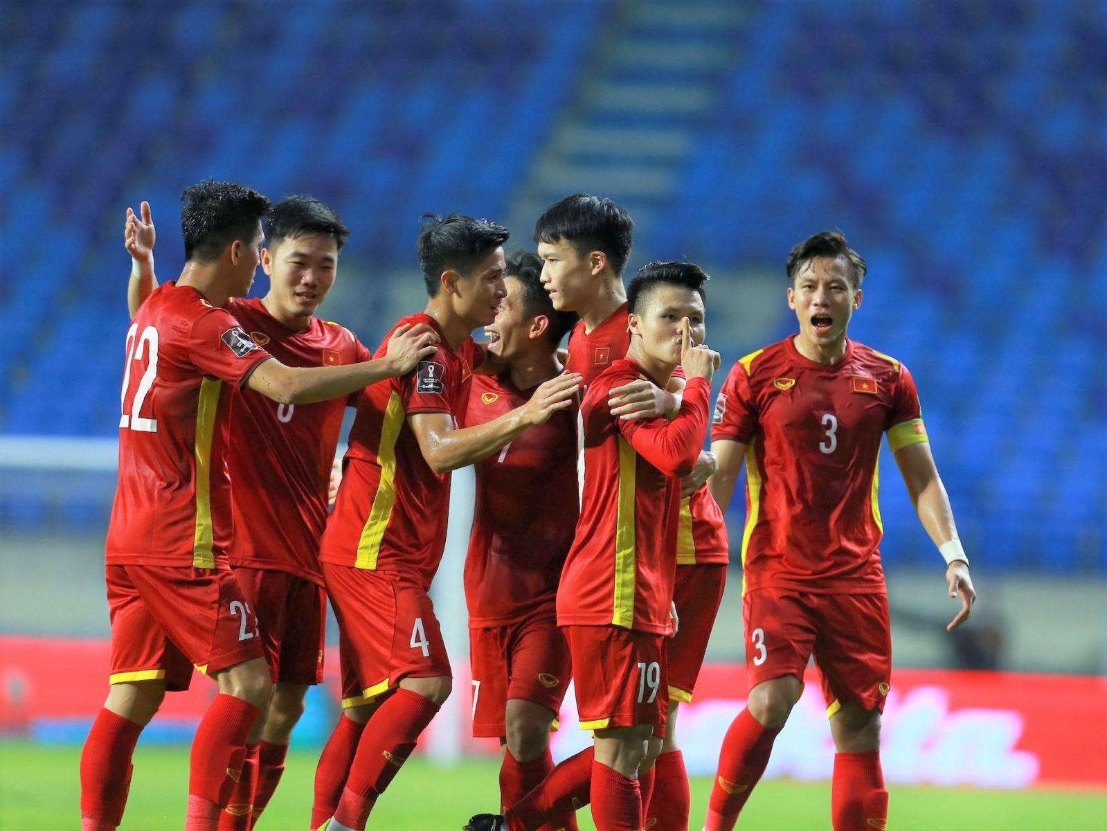 Đội tuyển Việt Nam chiến thắng Malaysia với tỉ số 2-1